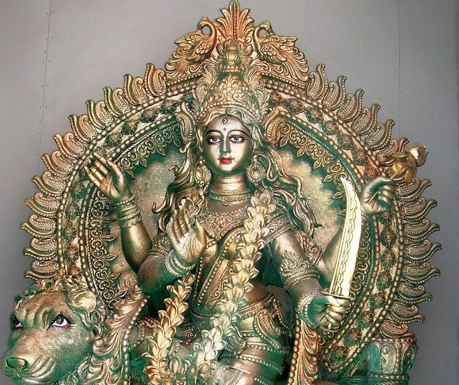 katyayani-maa-statue-painted-with-golden-color