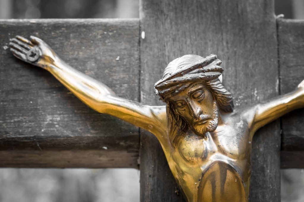 good-friday-statue-of-crucified-jesus-christ
